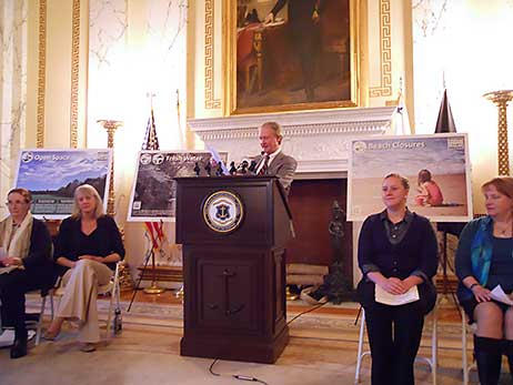Governor Lincoln Chafee addresses the Watershed Counts audience